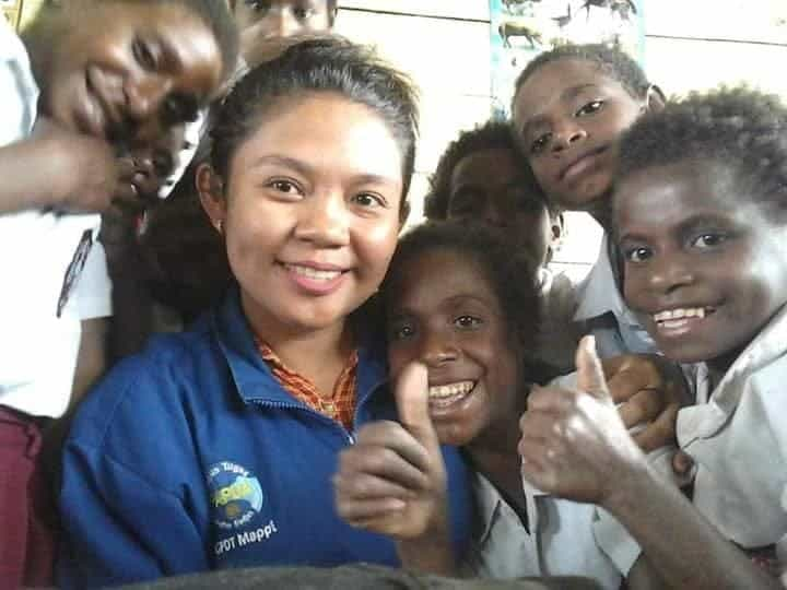 Diana Da Costa Gadis Cantik Asli Timor Leste Yang Ikhlas Mengabdi Di Pedalaman Papua
