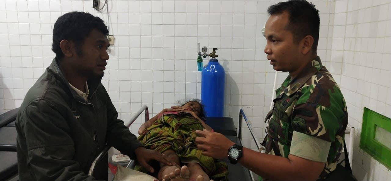 Wadansatgas Yonif 741 Evakuasi Yuliana Bano, Korban Tabrak Lari Di Kefamenanu