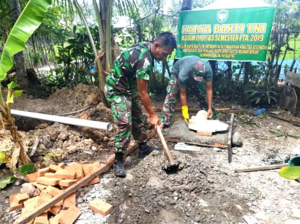 Wujudkan Kesehatan Lingkungan, Kodim Aceh Besar Bangun Puluhan Jamban