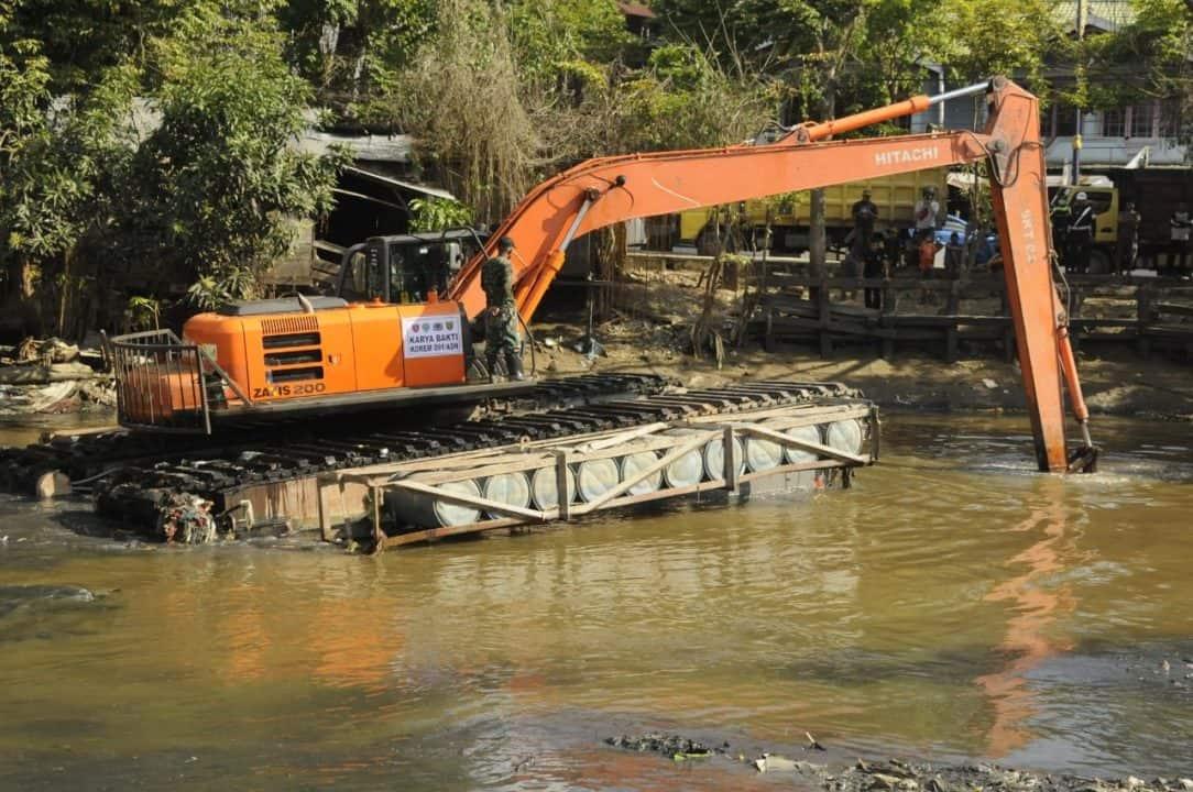 Bhakti Mulawarman Untuk Rakyat, Kodam Vi/mlw Normalisasi Sungai Karang Mumus