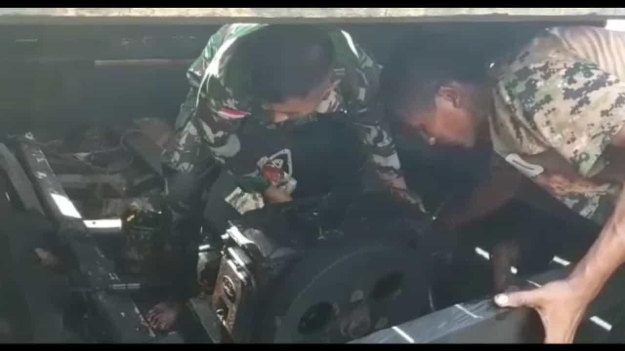 Kapal Diperbaiki Satgas Yonmek 741, Muhamad Boy Kembali Melaut Cari Nafkah