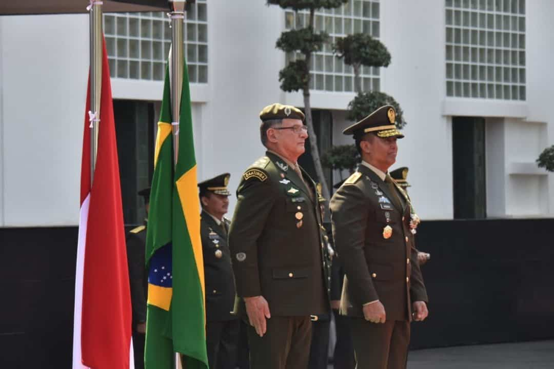 Pertemuan Kasad Dengan Panglima Ad Brasil, Lanjutkan Dan Tingkatkan Kerja Sama Bilateral Militer