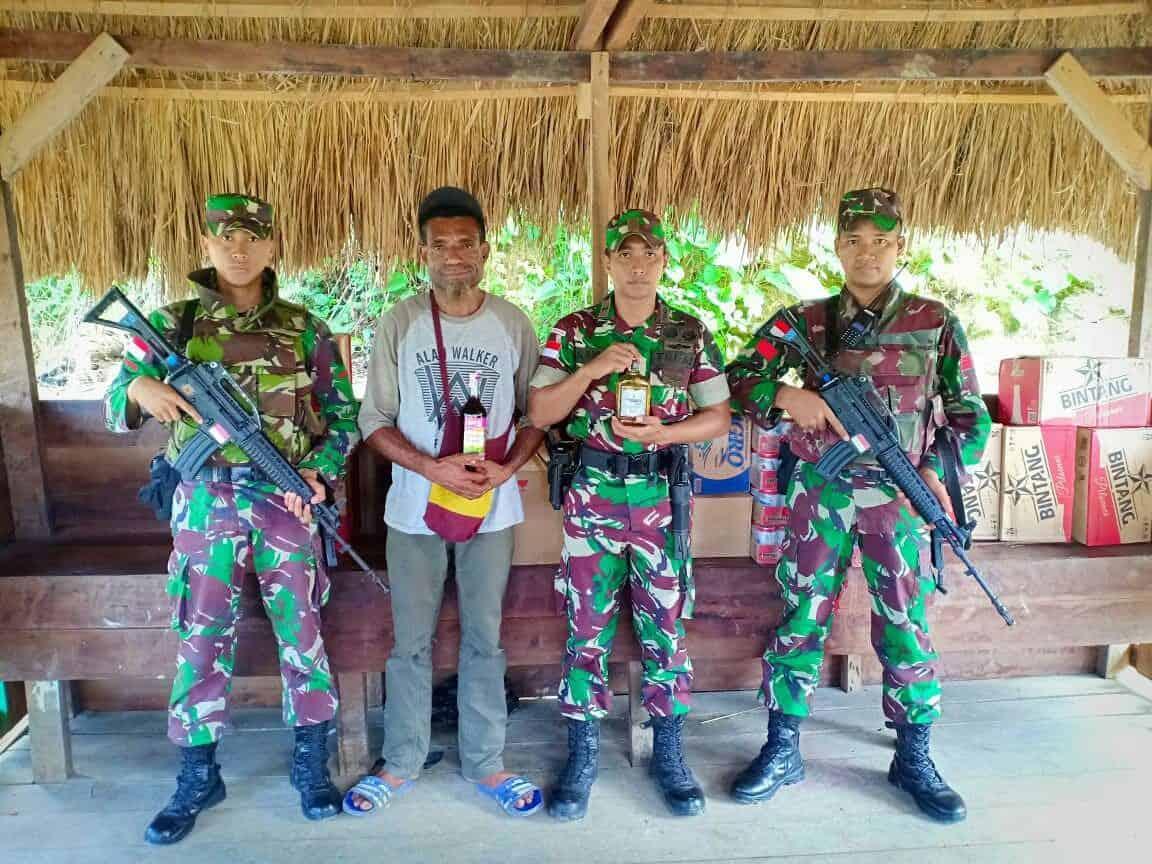 Yonif 328 Gagalkan Penyelundupan Ratusan Botol Miras Ilegal Di Perbatasan Ri-png