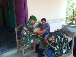 Prihatin Kondisi Warga, Satgas Yonif 734 Gelar Homecare di Pedalaman Salimuli
