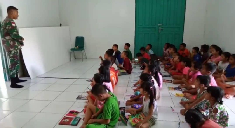 Cerdaskan Anak Perbatasan, Satgas 643 Ajari Baca Dan Calistung