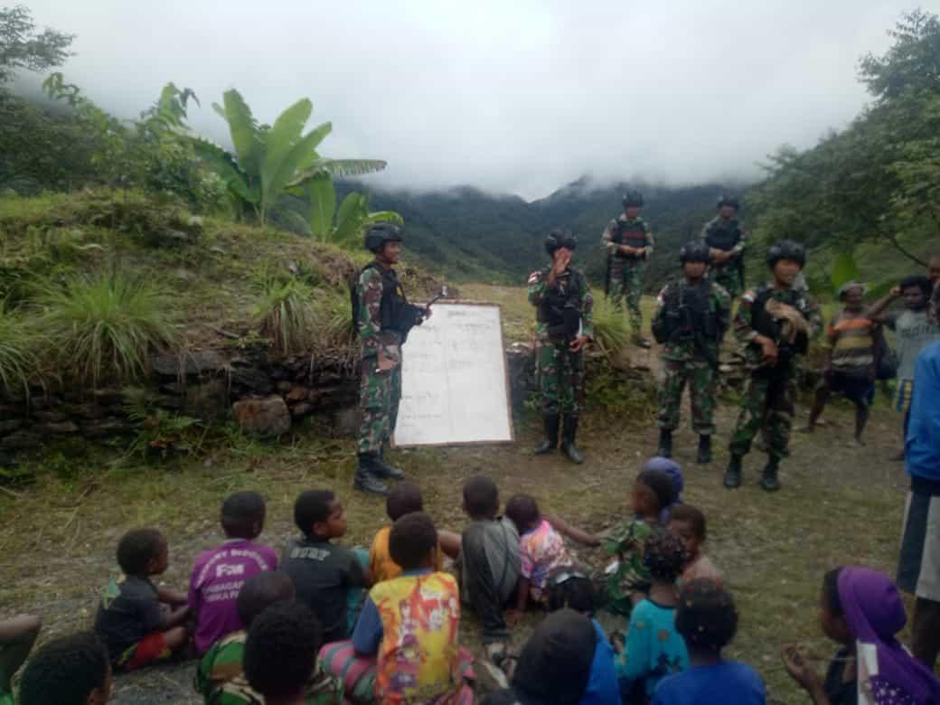 Yonif Raider 514 Inisiatif Mengajar di Perbatasan