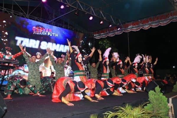 Lestarikan Budaya, Yonarmed 1 Tampilkan Tari Saman di Kampoeng Tentara