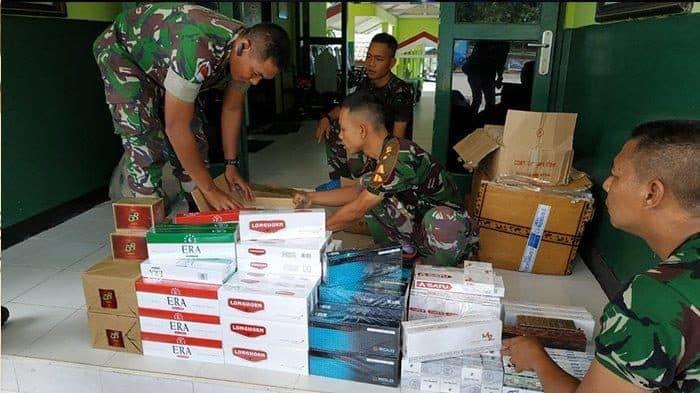 Puluhan Ribu Rokok Ilegal dari Malaysia Diamankan Satgas Pamtas Yonif 643