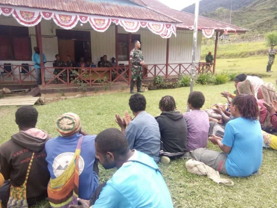 Ketua Ada Distrik Okbiba, Primus Tabuni : Bapak TNI Selalu Membantu Masyarakat