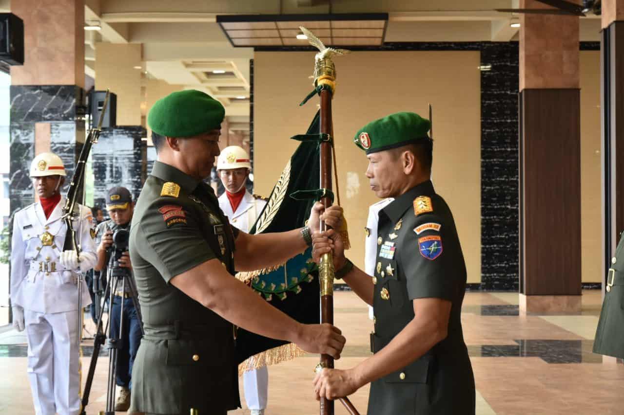 Kasad Pimpin Serah Terima Jabatan Pangdam XII/Tanjungpura dan Aspam Kasad.