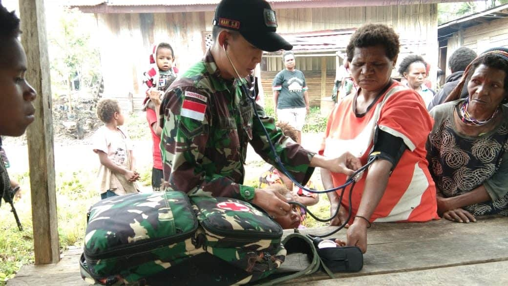 Bangkitkan Ekonomi Papua,Satgas Yonif R 509 Bangun Jalan di Pegunungan Bintang