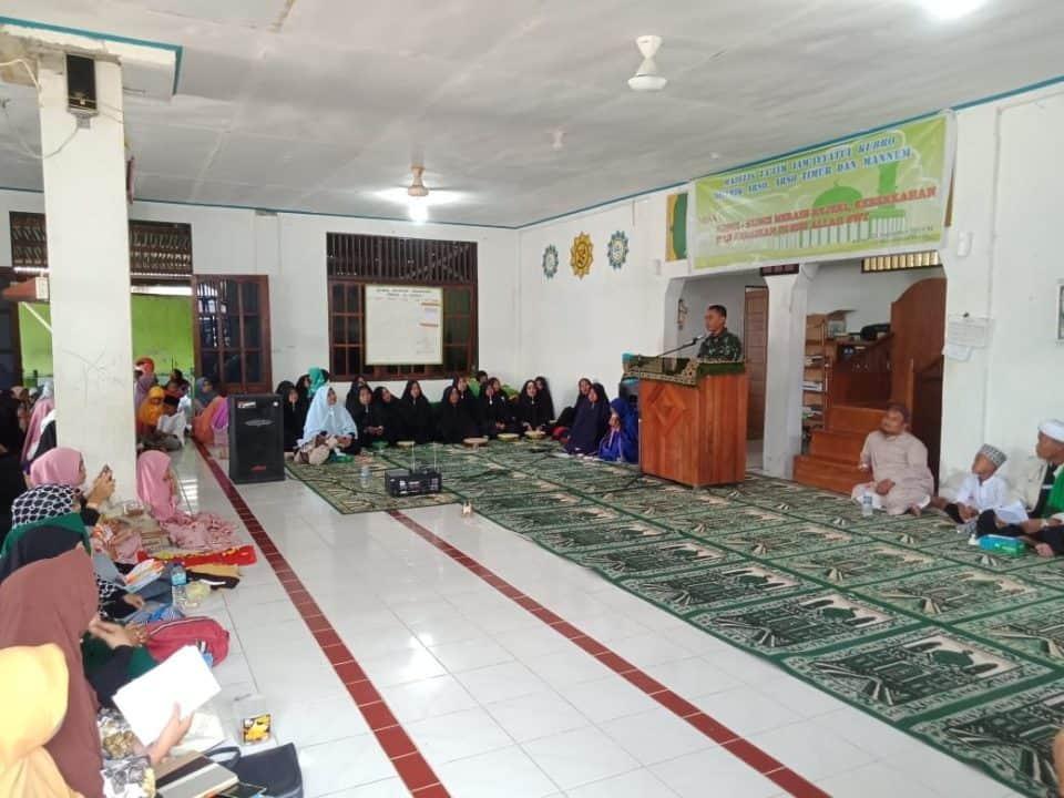 Pengajian Bersama, Wahana Satgas Yonif R 300 Bangun Komunikasi Dengan warga