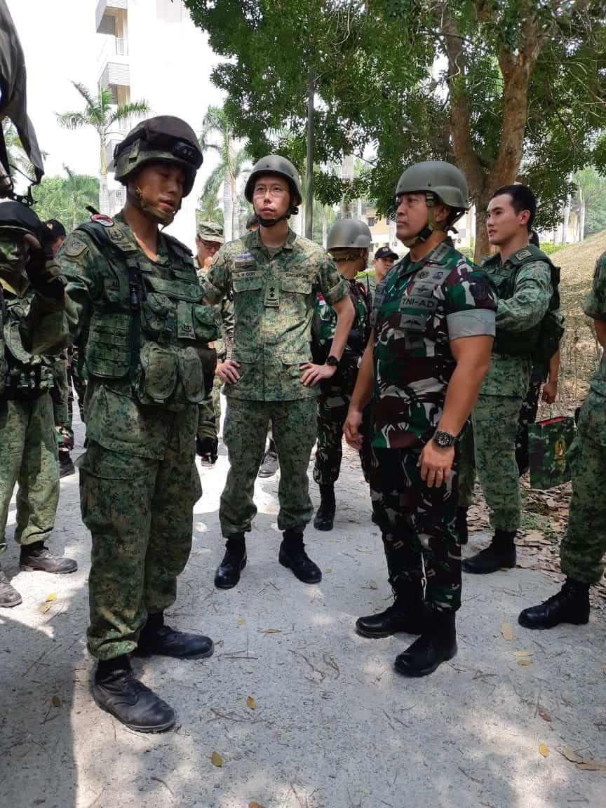 Kasad dan Chief Of Singapore Army Tutup Latma Safkar Indopura 2019*