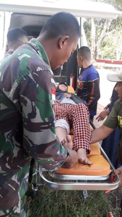 Alami Kecelakaan Tunggal Bersama Sang Ibu di Trans Papua, Satgas Yonif MR 411 Obati Balita Alinda