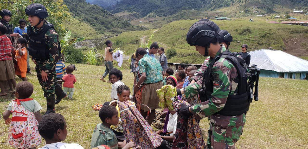 Batik Untuk Anak-Anak, Satgas Yonif R 321 Bentuk Karakter dan Kebersamaan di Nduga