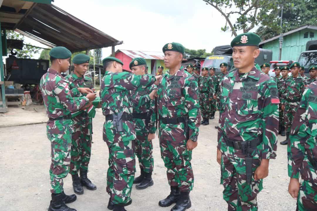 Puluhan Anggota Satgas Pamtas Yonif 509 Naik Pangkat di Papua