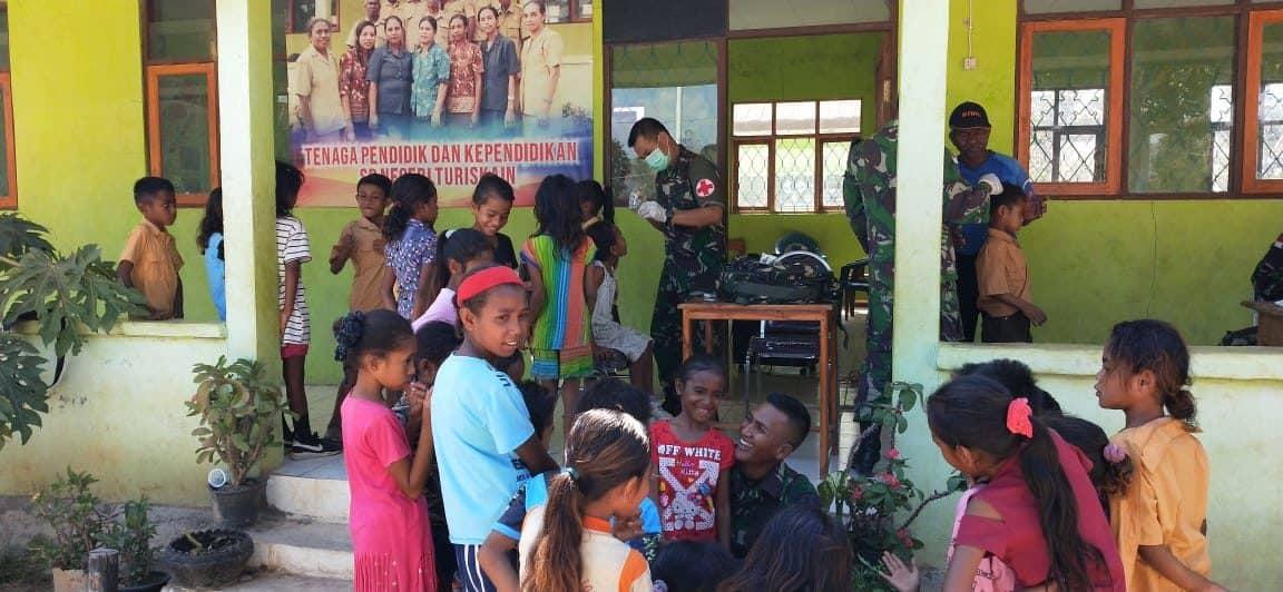 Bersama Membangun Negeri, Gelora Satgas Yonif 142 Sehatkan Anak Perbatasan