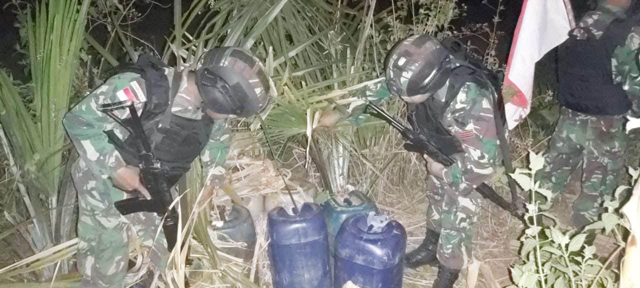 Satgas Yonif R 142 Gagalkan Penyelundupan Ratusan Liter BBM di Perbatasan RI-RDTL