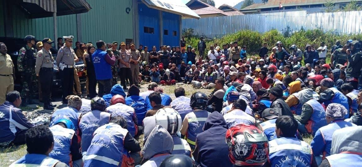 Mediasi Satgas Yonif 514 Berhasil Cegah Keributan Warga di Puncak Jaya
