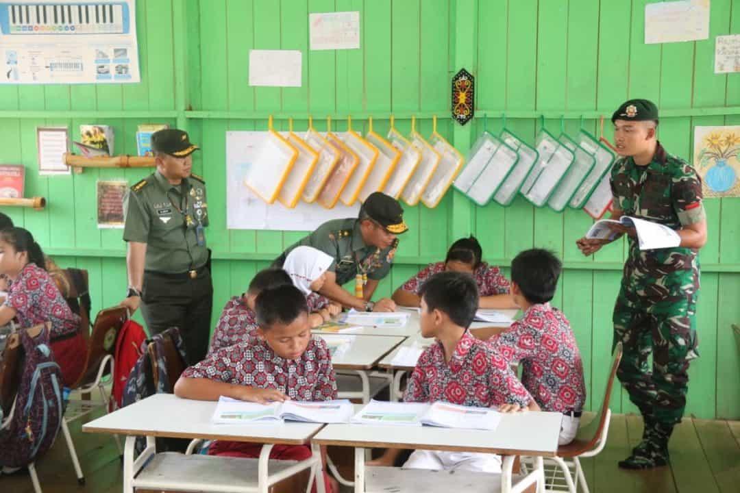 Sahli Kasad dan Kemendikbud Laksanakan Aswasev Mengajar di Perbatasan