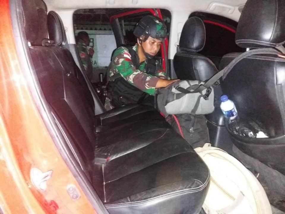 Jaga Ketertiban Wilayah, Satgas Yonif R 509 Cegah Peredaran Miras di Perbatasan