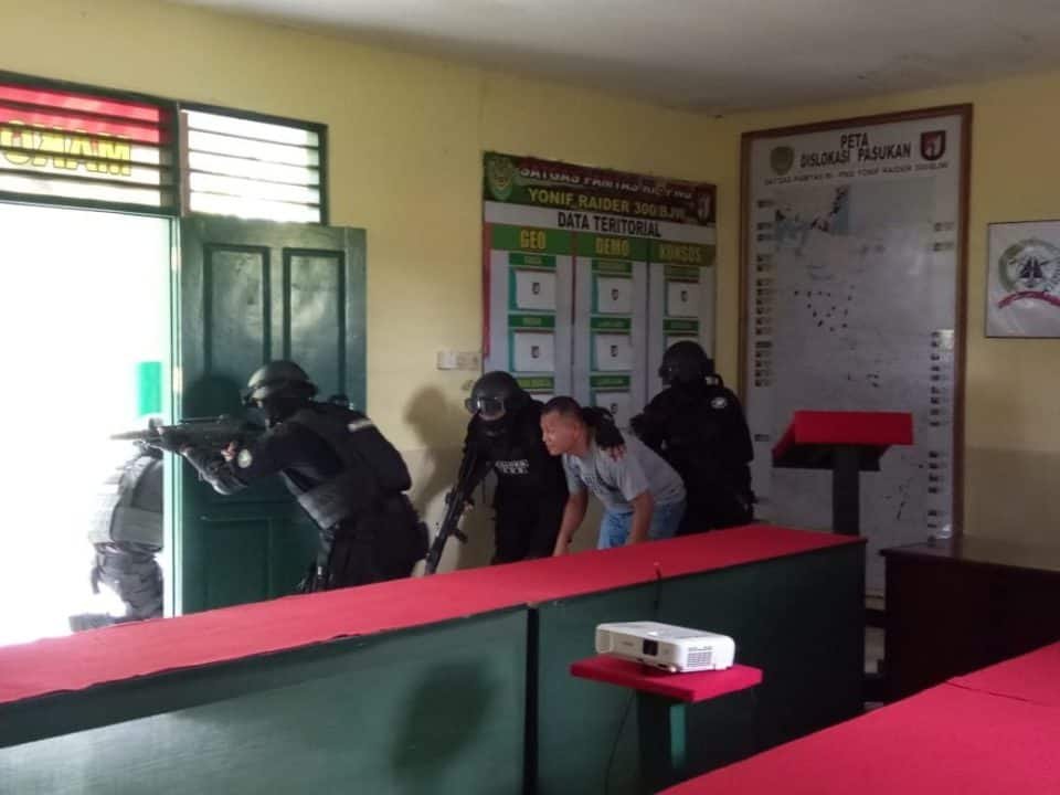 Pelihara Kemampuan Raider, Satgas Yonif 300 Gelar Latihan di Keerom