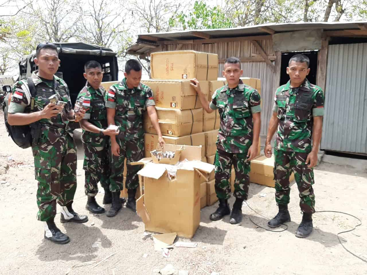 Satgas Yonif 142 Gagalkan Penyelundupan 43 Dus Tembakau di Perbatasan RI-RDTL