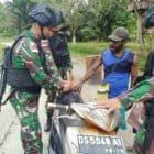 Intensifkan Pemeriksaan, Satgas Yonif R 300 Cegah Pelanggaran Lintas Batas