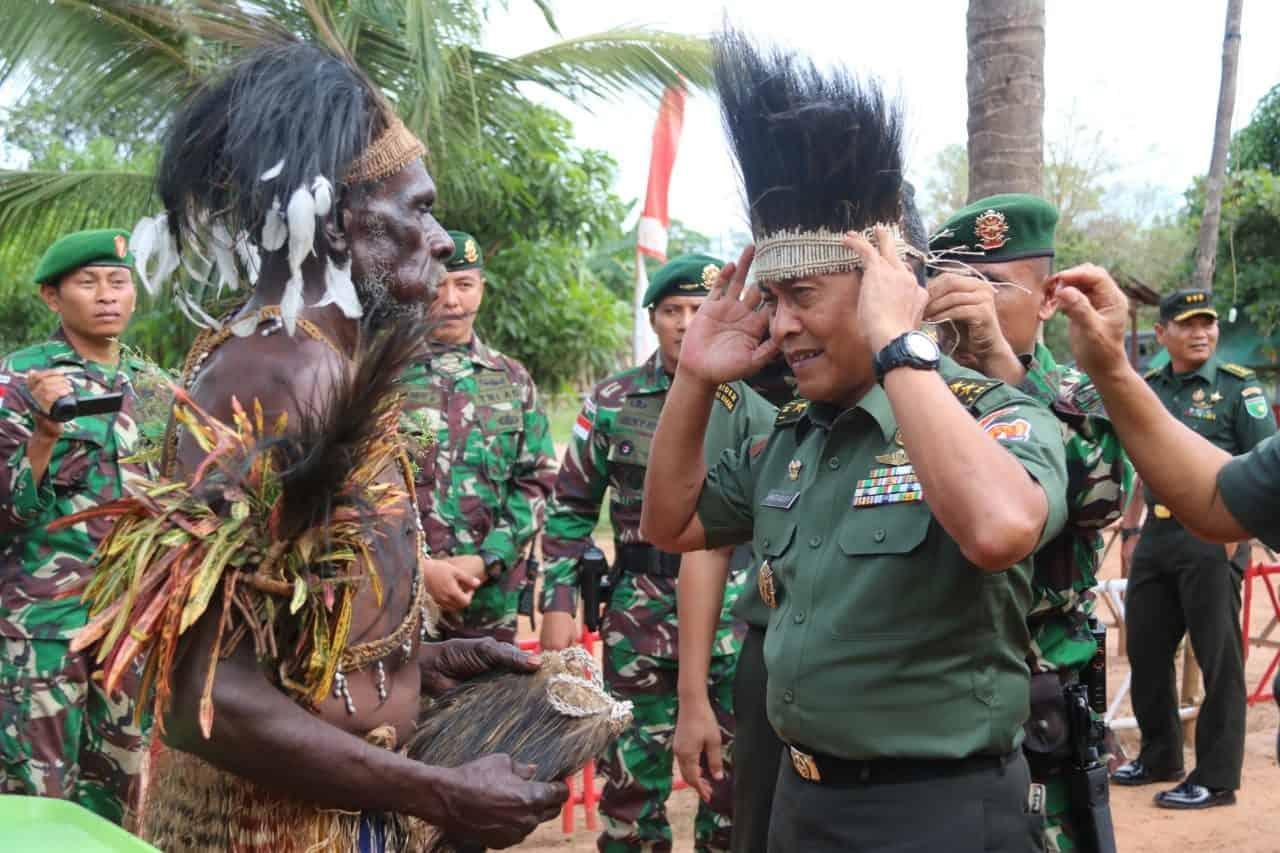 Sambut Aster Kasad, Suku Kanum Papua Gelar Tarian Adat