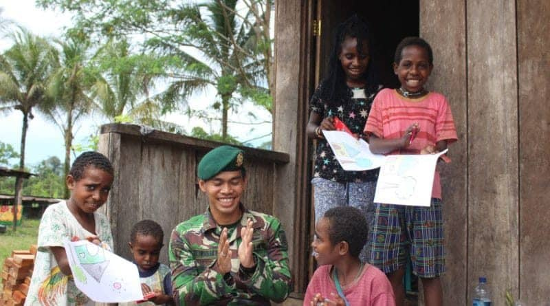 Amandus Latepai : Yonif 754 Buat Anak-anak Papua Selalu Ceria