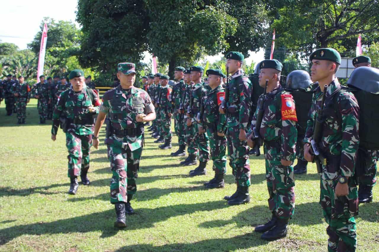 Pangdam Tanjungpura Berangkatkan 450 Personel Satgas Yonif R 641 ke Perbatasan RI – Malaysia