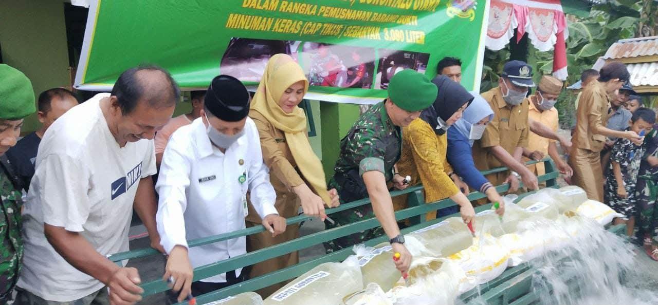 Kodim 1314 Gorontalo Utara Musnahkan 3.080 Ton Miras Selundupan