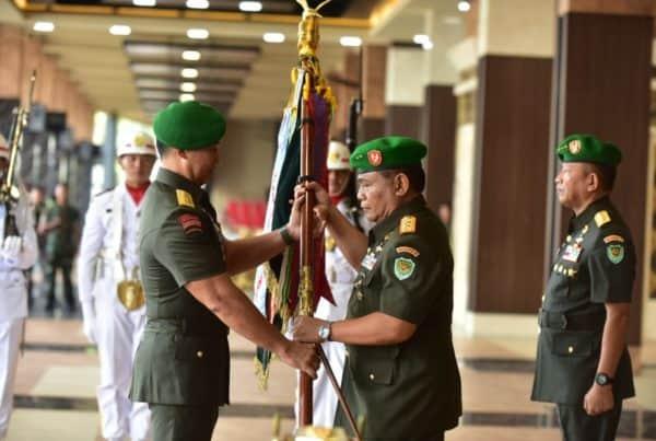 Mayjen TNI Nugroho Budi Wiryanto, dari Basarnas Jabat Pangdam III/Slw