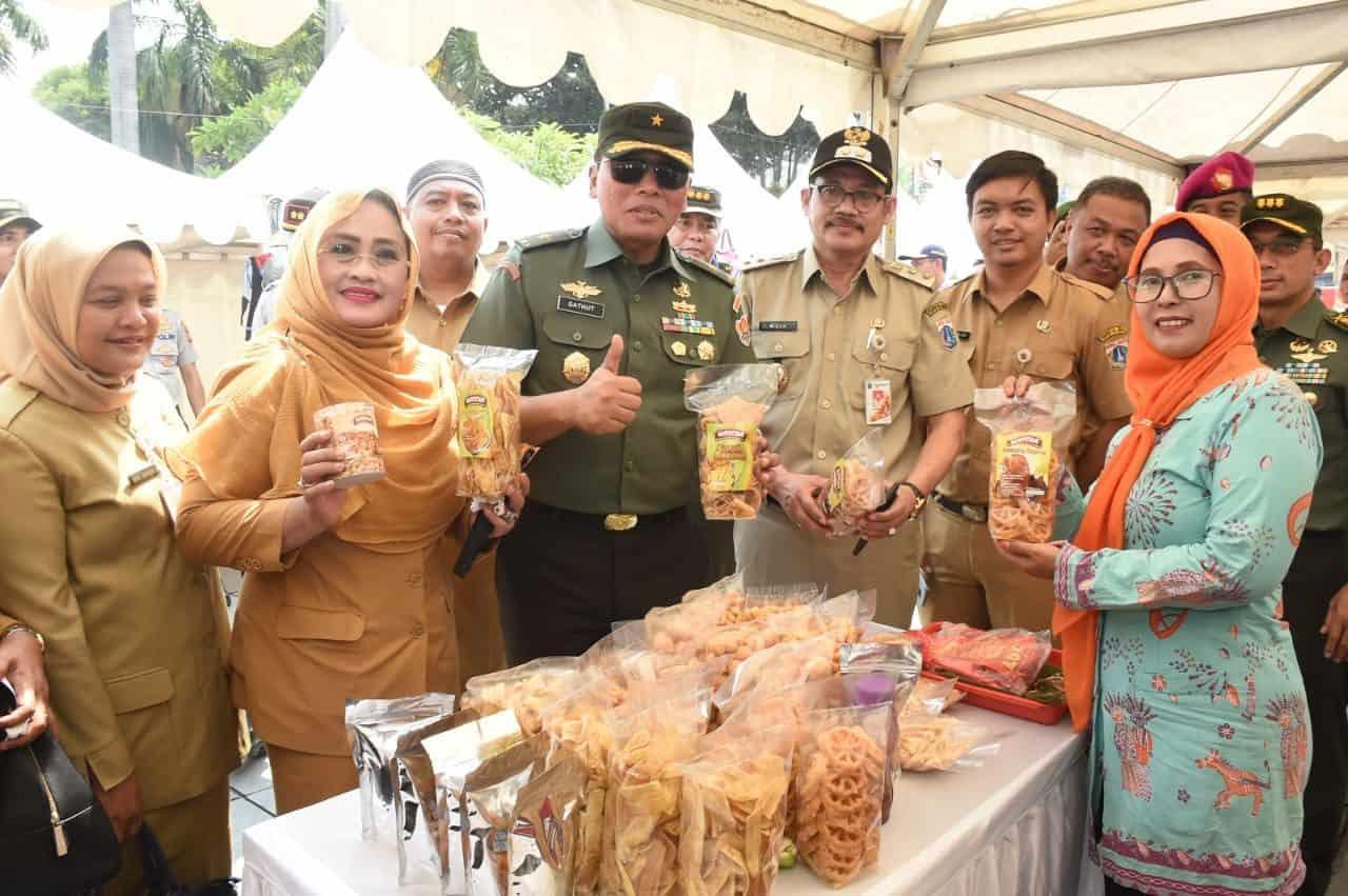 Gelar Komsos Ekonomi Kreatif, TNI AD Ajak Warga Membangun Negeri