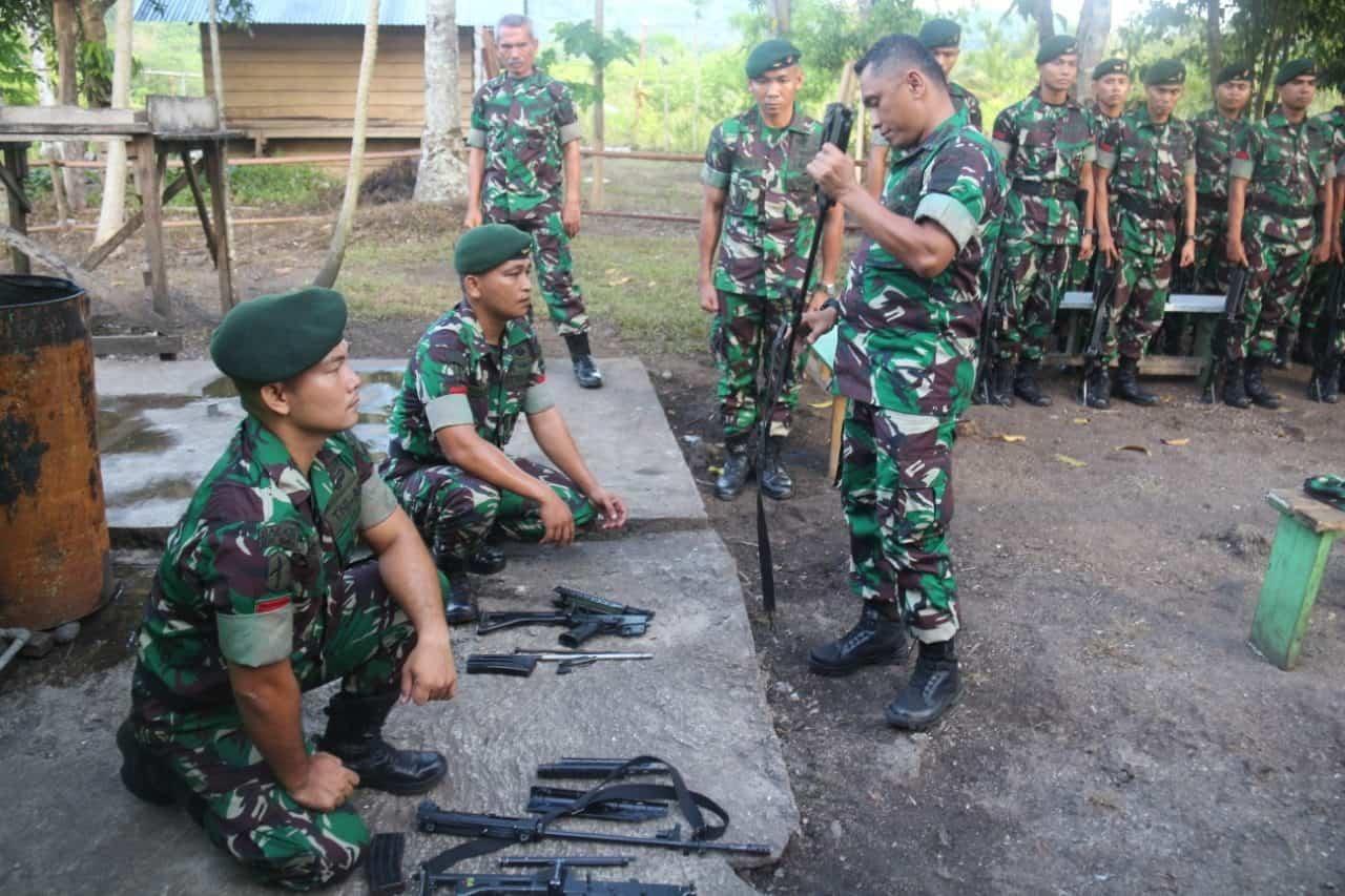 Cek Kondisi Prajurit, Irdam I/BB Tinjau Satgas Yonif 136 di Maluku