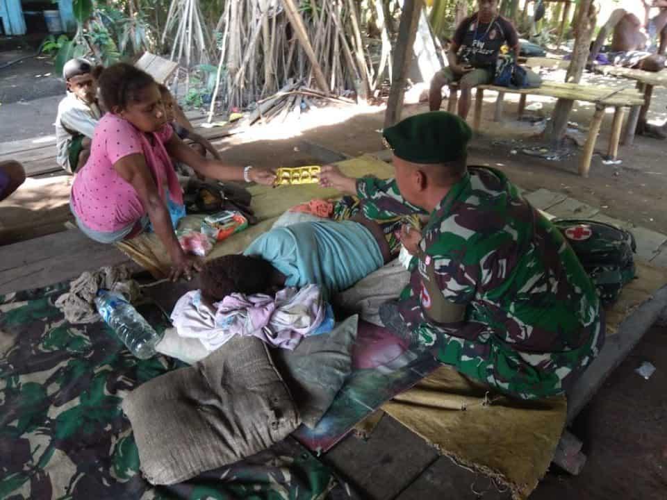 Retak Tulang Alex Sanggra, Dirawat Secara Intensif Satgas Yonif 411 di Sota