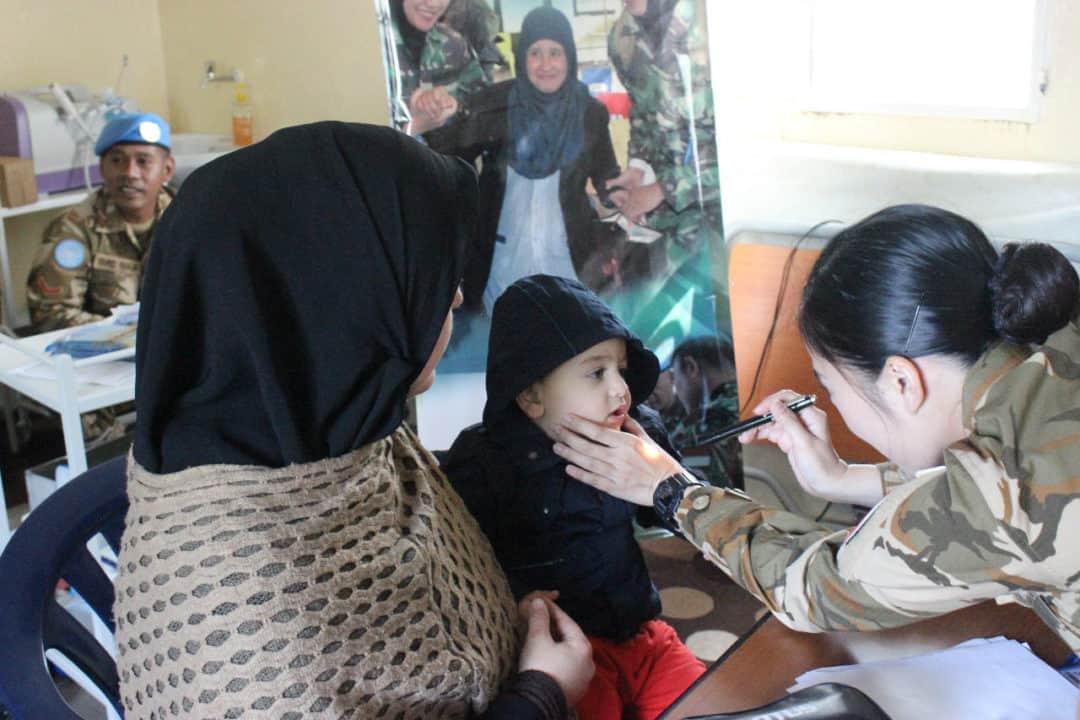 Biaya Kesehatan Mahal, Warga Lebanon Berobat Gratis ke Satgas Indobatt UNIFIL