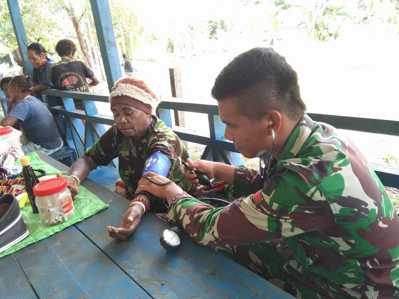 Peduli Warga Pedalaman Papua, Satgas Yonif 509 Gelar Layanan Kesehatan