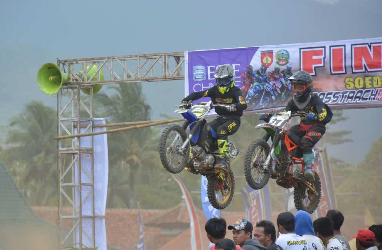 Sudirman Grasstrack Motocross 2019, Ratusan Crosser Rebutkan Piala Pangdam IV/Dip