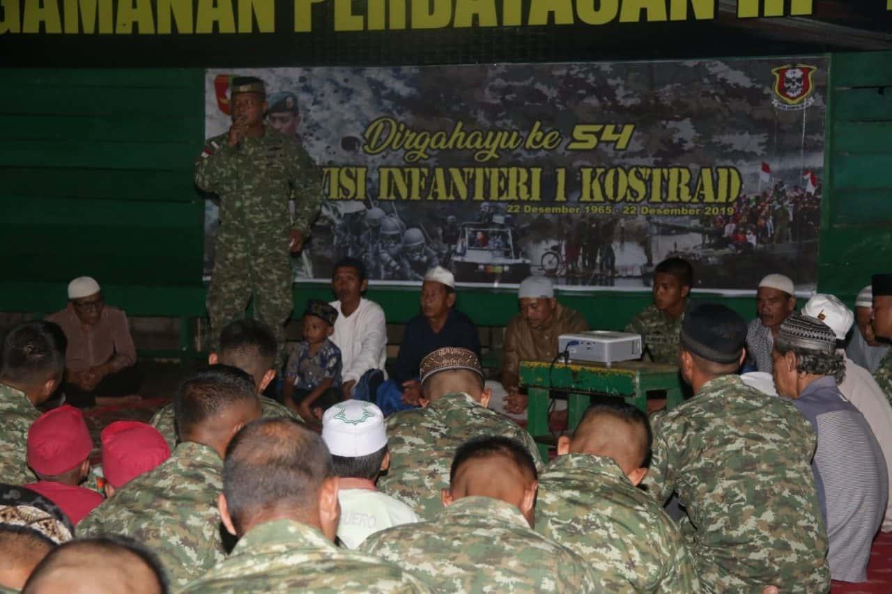 HUT Divif-1/Kostrad, Satgas Yonif R 303 Gelar Syukuran di Perbatasan RI-Malaysia