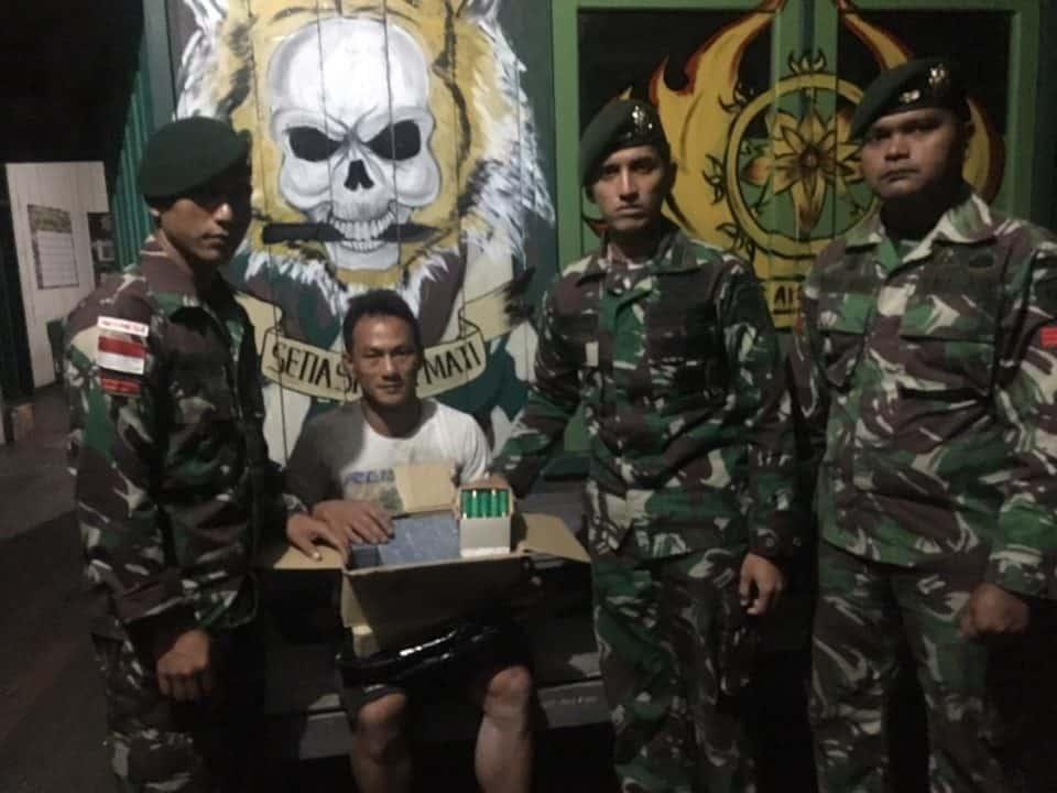 Bawa 500 Butir Munisi, Pelintas Batas Diamankan Satgas Yonif R 303 di Long Nawang