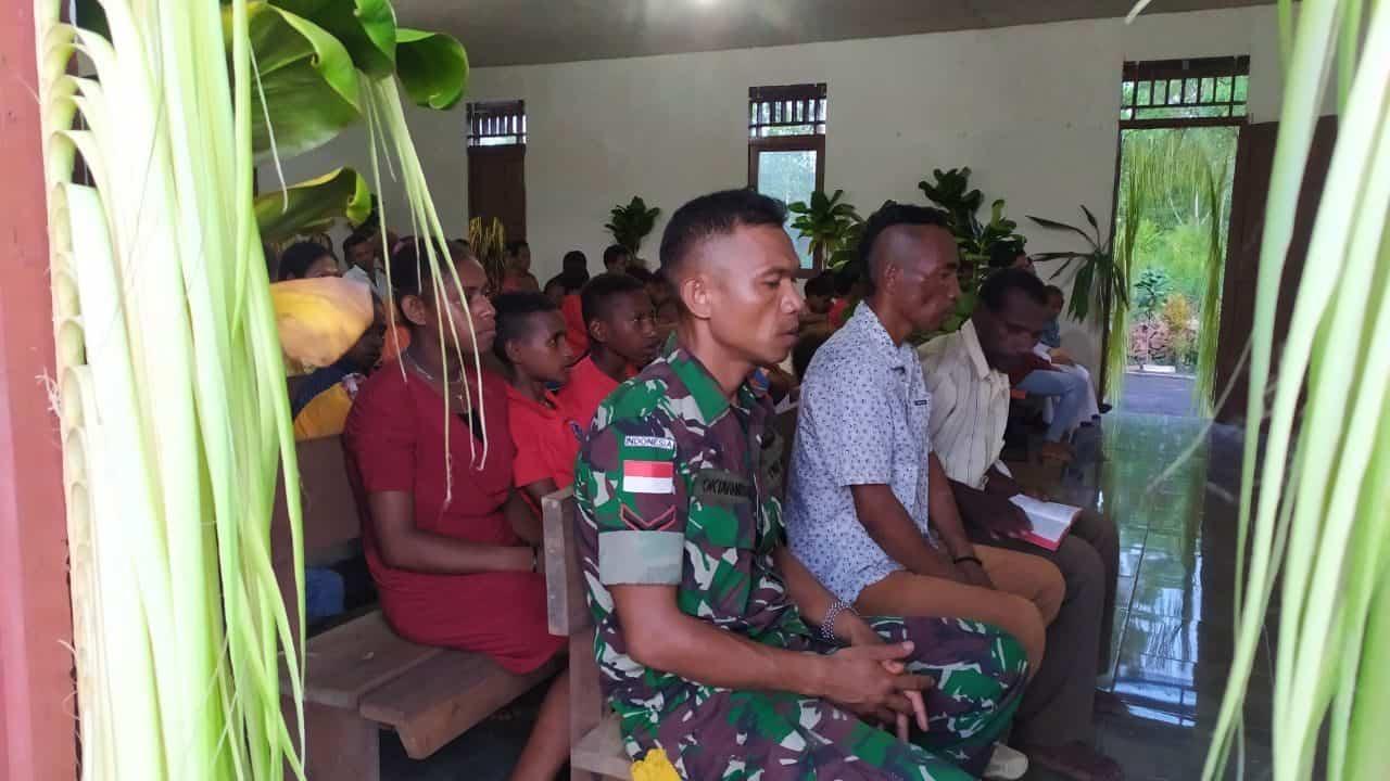 Prajurit Satgas Yonif MR 411 Rayakan Natal di Perbatasan RI-PNG