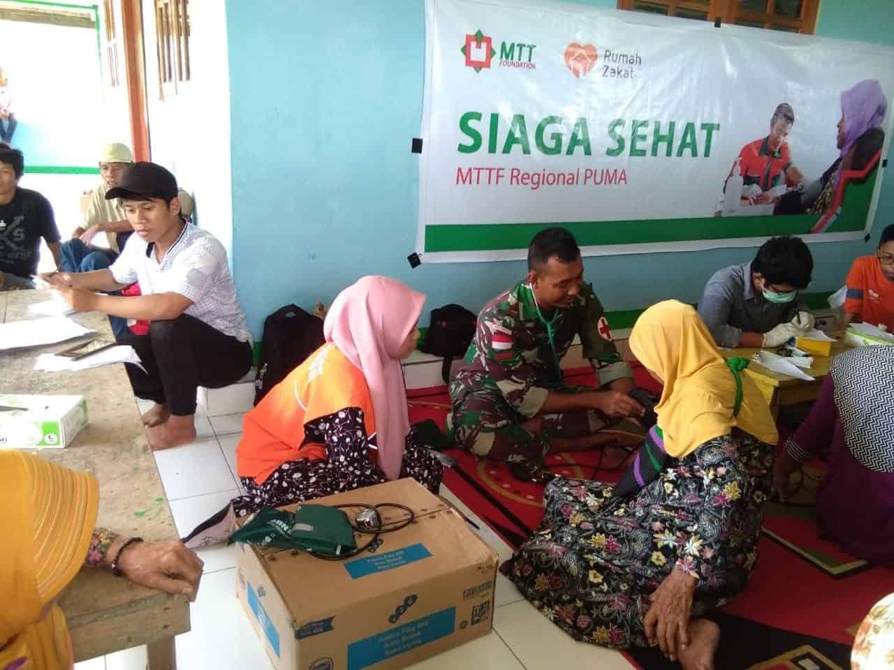 Peduli Anak dan Lansia, Satgas Yonif 755 Gelar Posko Kesehatan di Timika