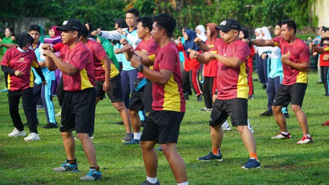 Bugar dan Gembira, Kodim Kuala Kapuas Gelar Senam Les Mills Bersama Pelajar