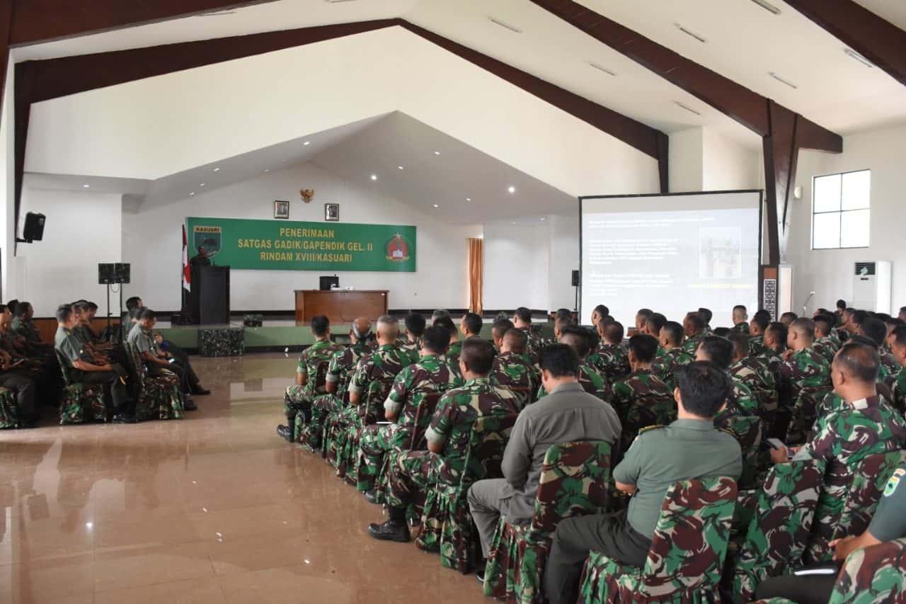 TNI AD Kerahkan 93 Personel Satgas Tenaga Pendidik di Kodam XVIII/Kasuari