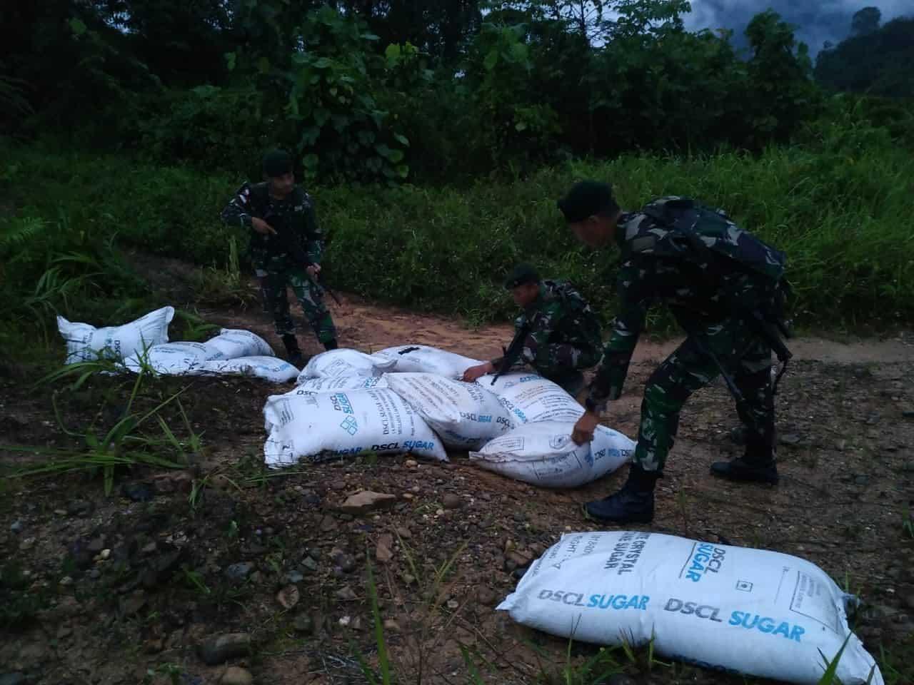 Satgas Pamtas Yonif Raider 641/Bru Gagalkan Penyelundupan 1500 kg Gula
