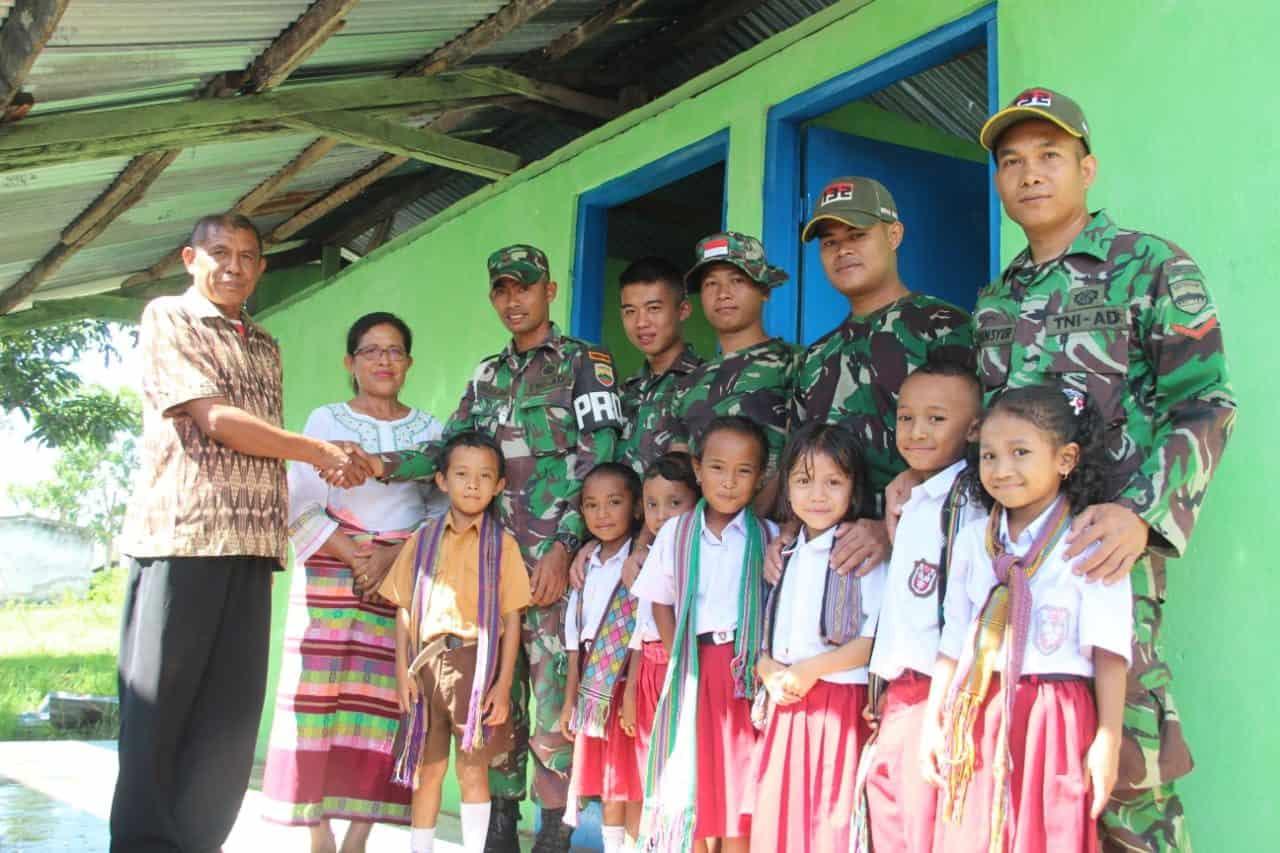 Yosep Naben : Terima Kasih TNI, Sekarang Murid Tidak Perlu Bawa Jerigen Air ke Sekolah