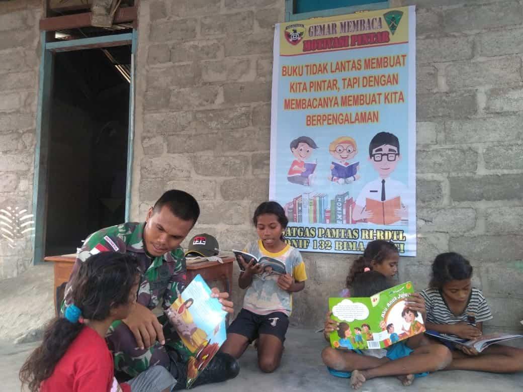 Perpustakaan Keliling, Solusi Satgas Pamtas Yonif 132 Tumbuhkan Minat Baca Anak