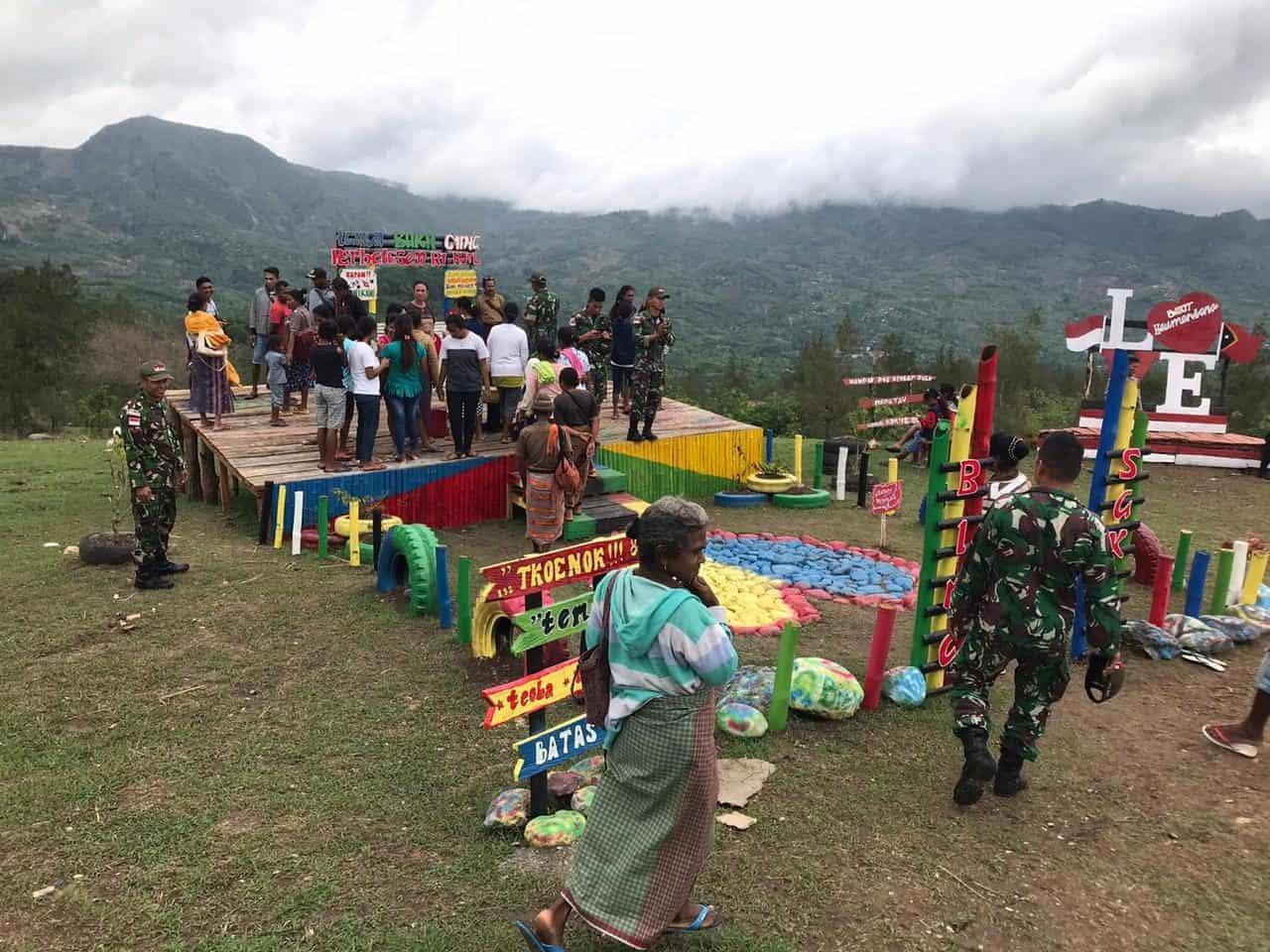 Tumbuhkan Cinta Tanah Air, Satgas Yonif 132 Bangun Taman Wisata di Haumeniana