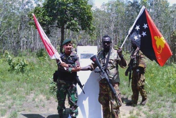 Jaga Kedaulatan Negara, TNI AD dan Tentara PNG Patroli Bersama